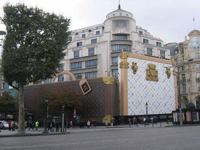 louis vuitton street marketing