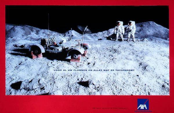 publicité homme sur la Lune Axa