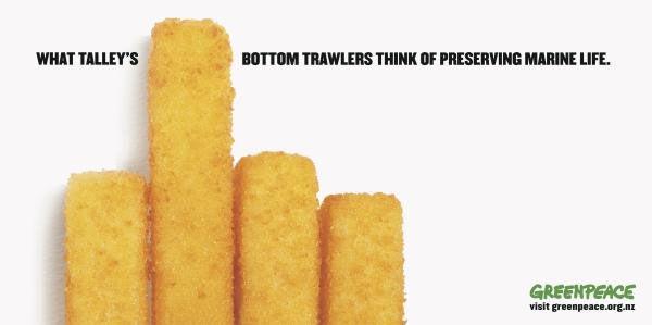 publicité doigt d'honneur Greenpeace