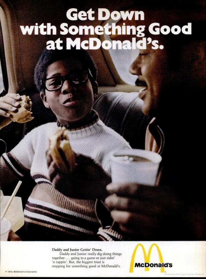 pub mcdonald's 1973 avec des noirs
