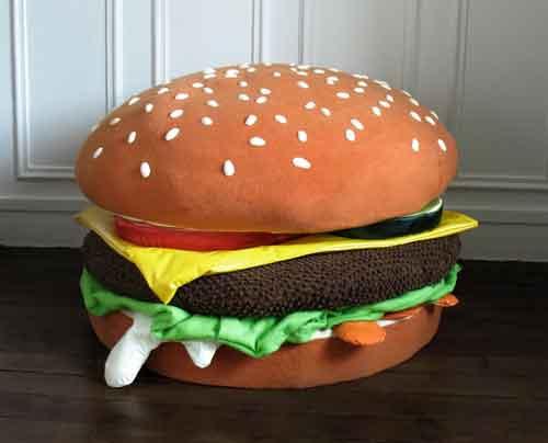 Pouf Cheeseburger par Maxime Pécourt