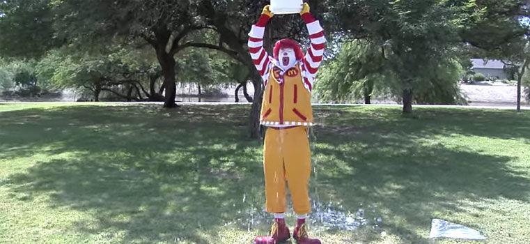 Le Ice Bucket Challenge est mort, les marques l'ont déjà tué !