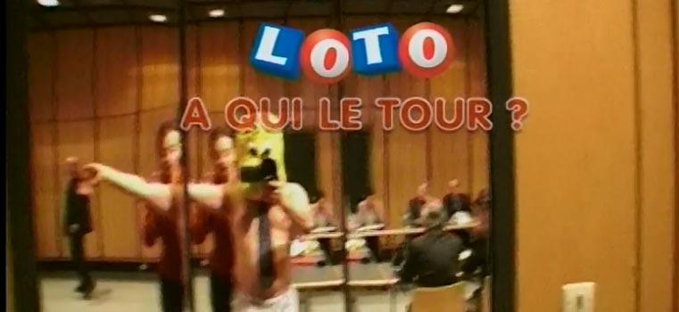 Tour du monde de la publicité pour le Loto
