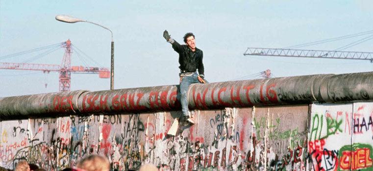 La chute du mur de Berlin en 10 publicités comiques